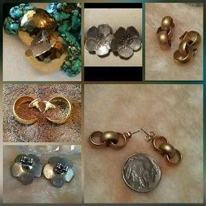 3 Pairs Of Post Earrings
